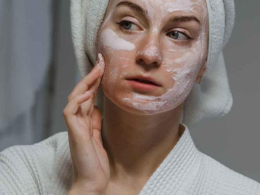 Yoga facial o cómo lucir una piel tersa en pocos minutos