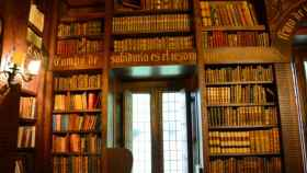 Imagen de la biblioteca del Pazo de Meirás.