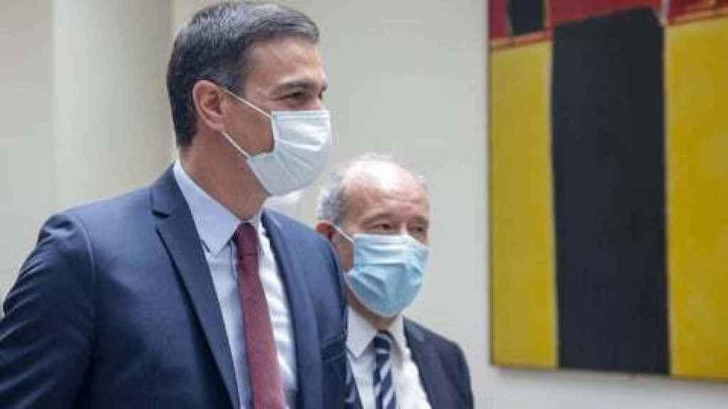 Pedro Sánchez y Juan Carlos Campo, ministro de Justicia, en una imagen de archivo.
