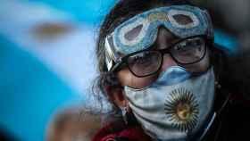 Protestas en Argentina contra el endurecimiento de las restricciones sanitarias.