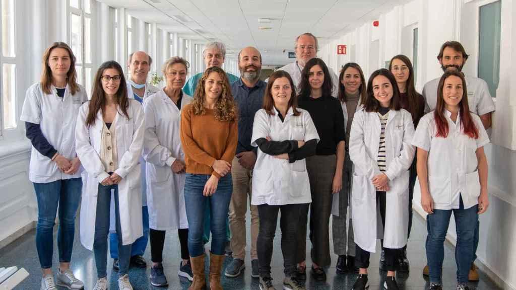 Agustí, con su equipo del Hospital Clínic de Barcelona.