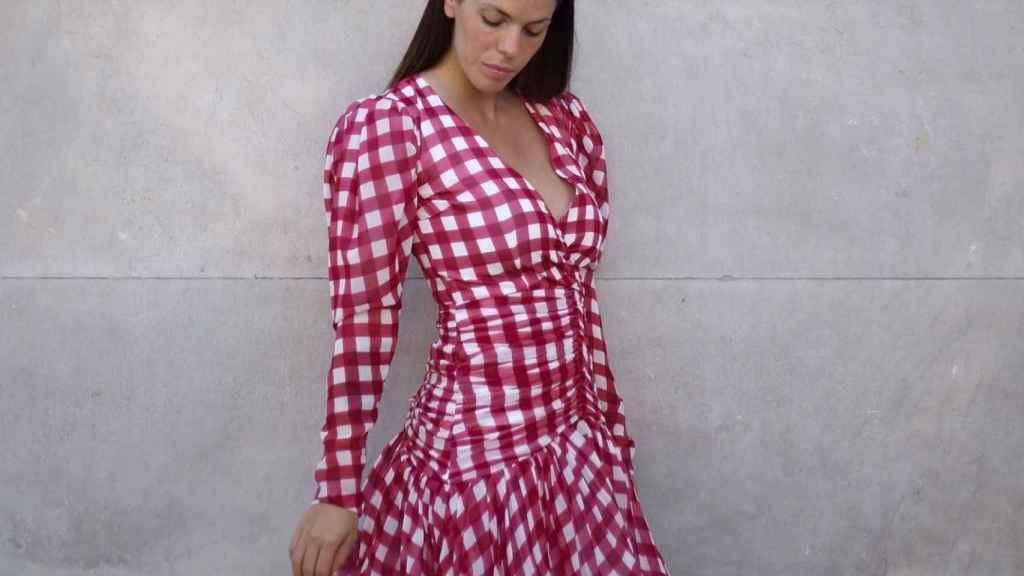 Laura Matamoros con vestido de Fraile
