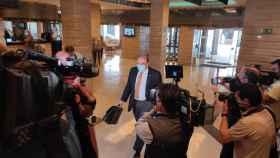 Sebastián Pérez en su llegada a la rueda de prensa este miércoles.