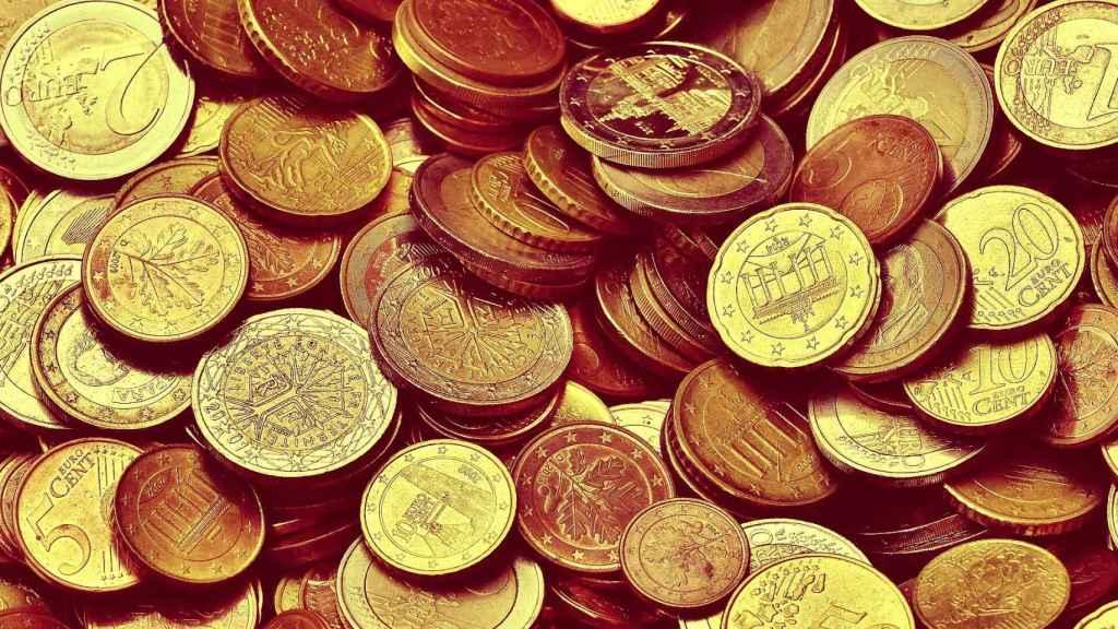 Monedas de euro de distintas denominaciones.