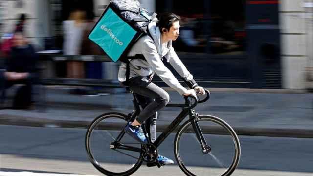 Un repartidor de Deliveroo.