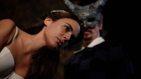 Adriana Ugarte protagoniza 'Parot'.