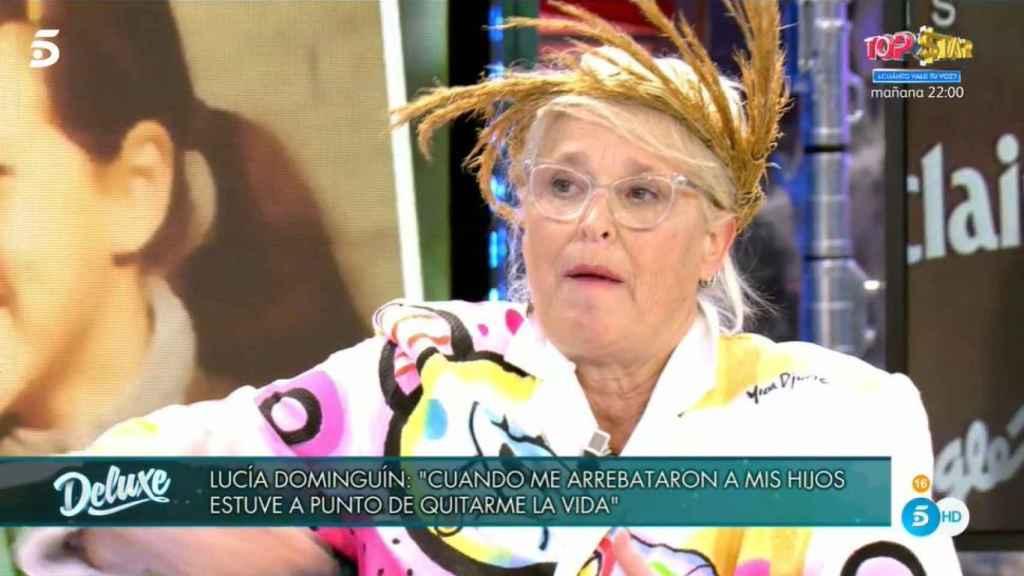 Lucía Dominguín, emocionada durante el relato.