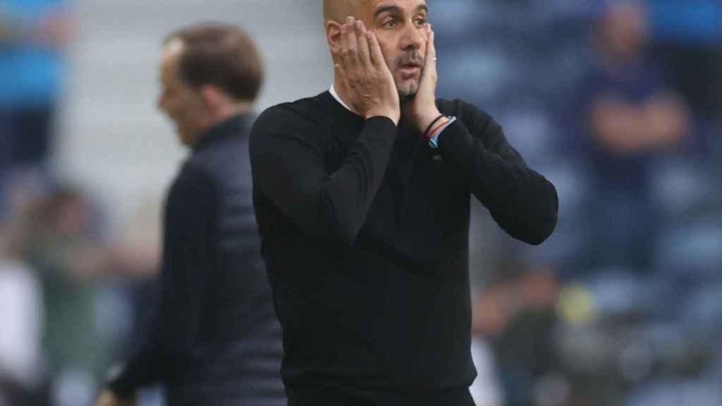 Guardiola, preocupado durante el City - Chelsea
