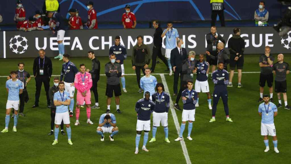 Los jugadores del Manchester City tras la final de Champions