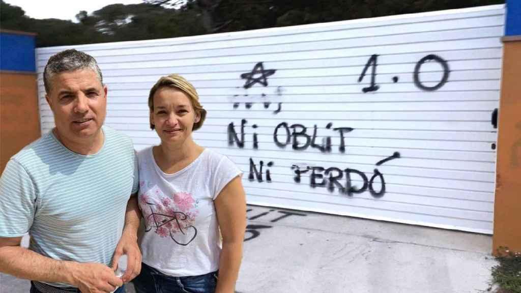 Eva y Marti vieron atacado su camping en la Costa Brava por radicales indepes