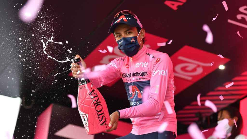 Egan Bernal celebra su victoria en el Giro de Italia 2021