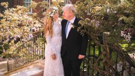 Carrie Symonds y Boris Johnson, en el día de su boda | Reuters