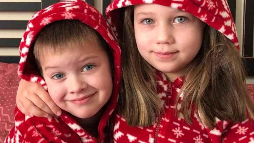 Leonardo y Stephanie fueron recogidos por su madre en el colegio. No se les ha vuelto a ver.