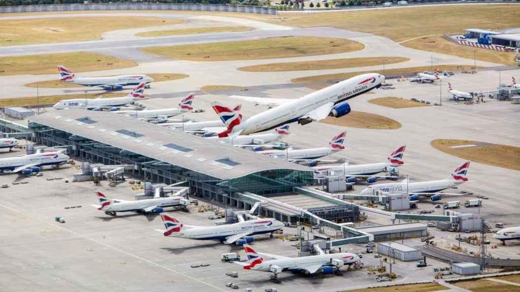 El aeropuerto de Heathrow no repartirá dividendos durante 2021.