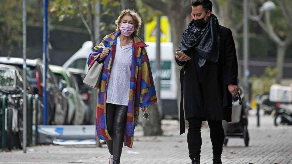 Mila, junto al estilista Pablo Mallavia.