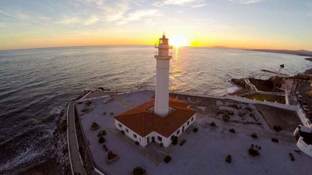 5 rutas en moto pensadas para descubrir la costa mediterránea
