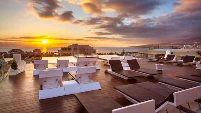 Hotel Tigotán Lovers and Friends, en la Playa de Las Américas de Arona.