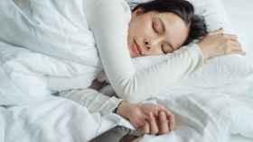 Despídete de las arrugas del rostro mientras duermes.