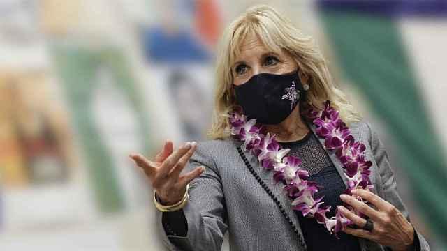 Jill Biden, durante una visita a un colegio en Estados Unidos.