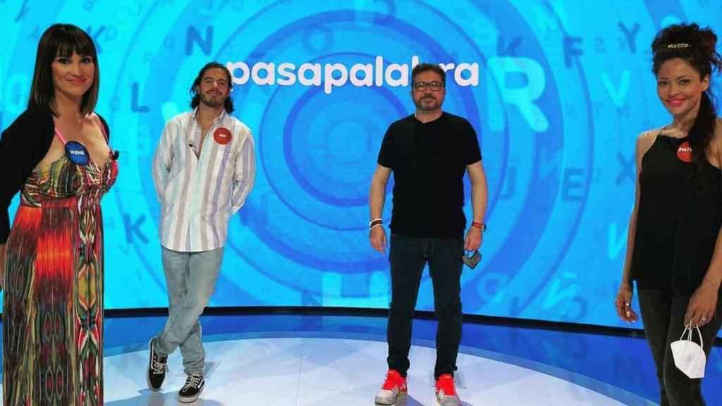 Quiénes son los invitados de hoy de 'Pasapalabra': Paco Collado, Irene Villa, Roi Méndez y Patricia Pérez.