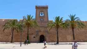 El Castillo de Santa Pola, localidad donde tuvieron lugar los hechos denunciados.