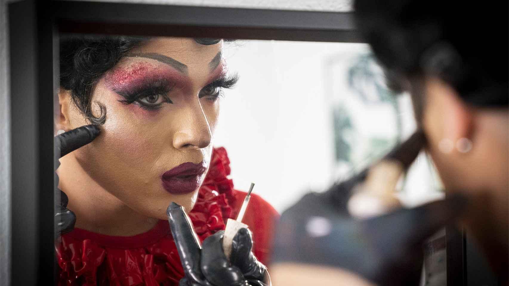 Entrevista a Killer Queen, drag queen y médico de urgencias