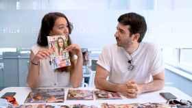 Cristina Rodrigo y Raúl Rodríguez durante la grabación del kiosko rosa.