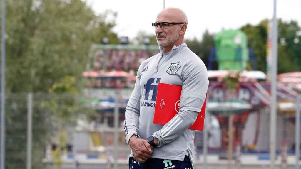 Luis de la Fuente, durante un entrenamiento de la selección sub21