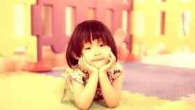 Una niña china en un centro educativo.