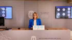La concejal Mari Carmen de España en la rueda de prensa sobre las ayudas del Plan.