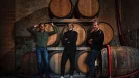 De izq. a drcha. Pepe Raventós, Carlos Bosch (Bar Manero) y J.M. Vicente.