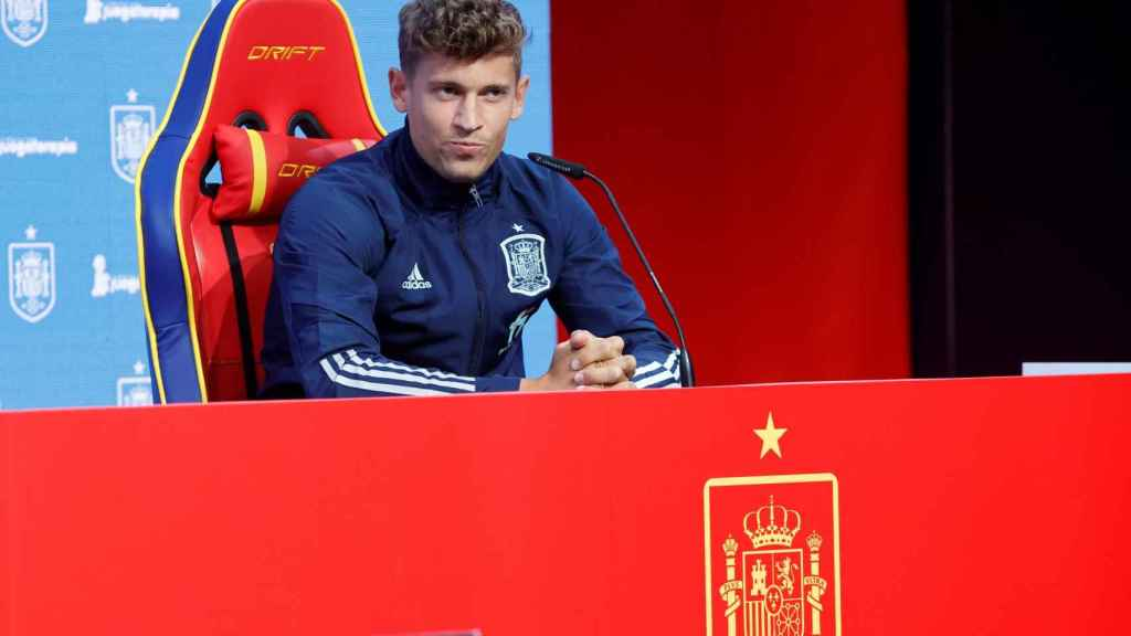 Marcos Llorente, durante un acto con la selección de España