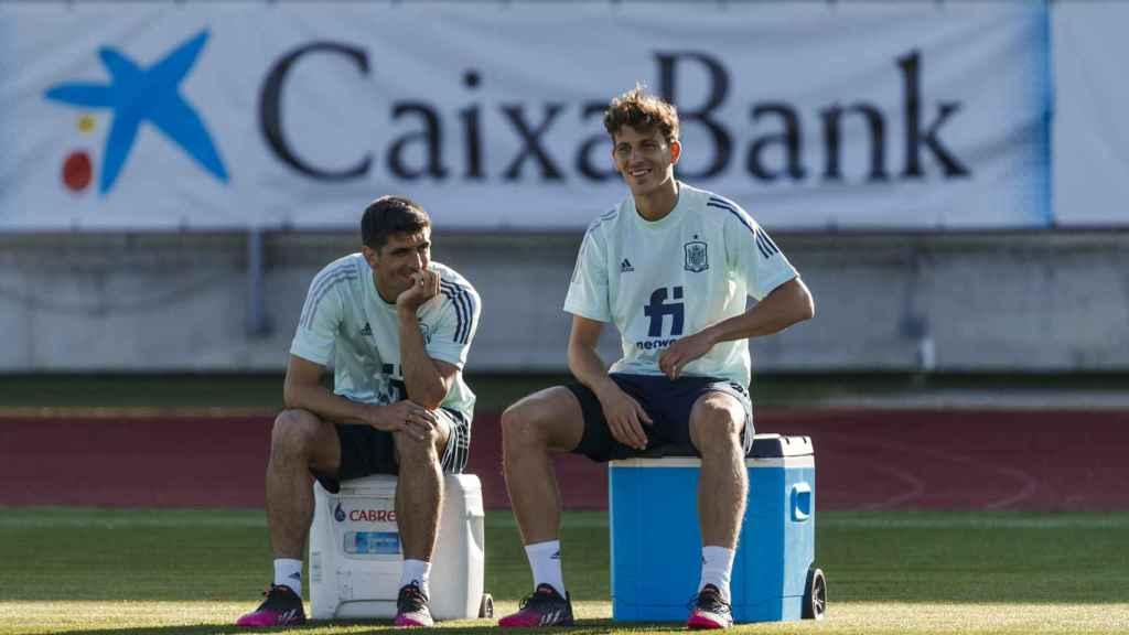 Pau Torres, durante un entrenamiento con la selección española de fútbol