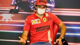 Carlos Sainz en la rueda de prensa de pilotos del GP de Bakú