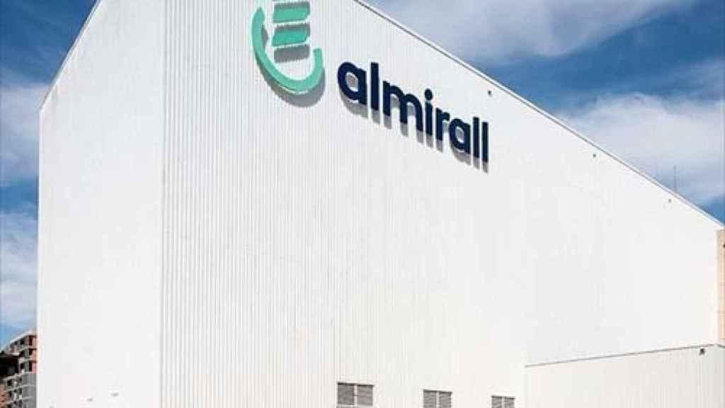 Almirall abona casi 11,8 millones en efectivo a sus accionistas en el marco del dividendo flexible