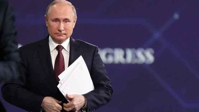 Vladimir Putin en el Foro Económico Internacional en San Petersburgo