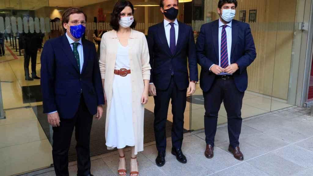 Casado, junto a Ayuso, Almeida y López Miras, esta semana en Madrid.
