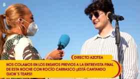 Esteban junto a Gjon's Tears en el vídeo que se ha hecho viral.