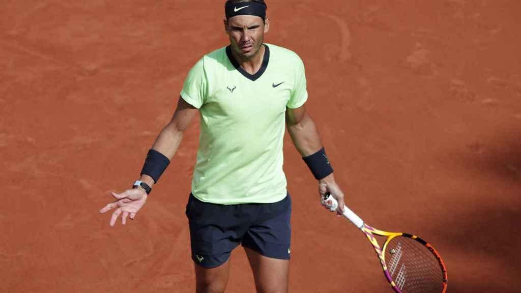 Nadal protesta una acción en Roland Garros