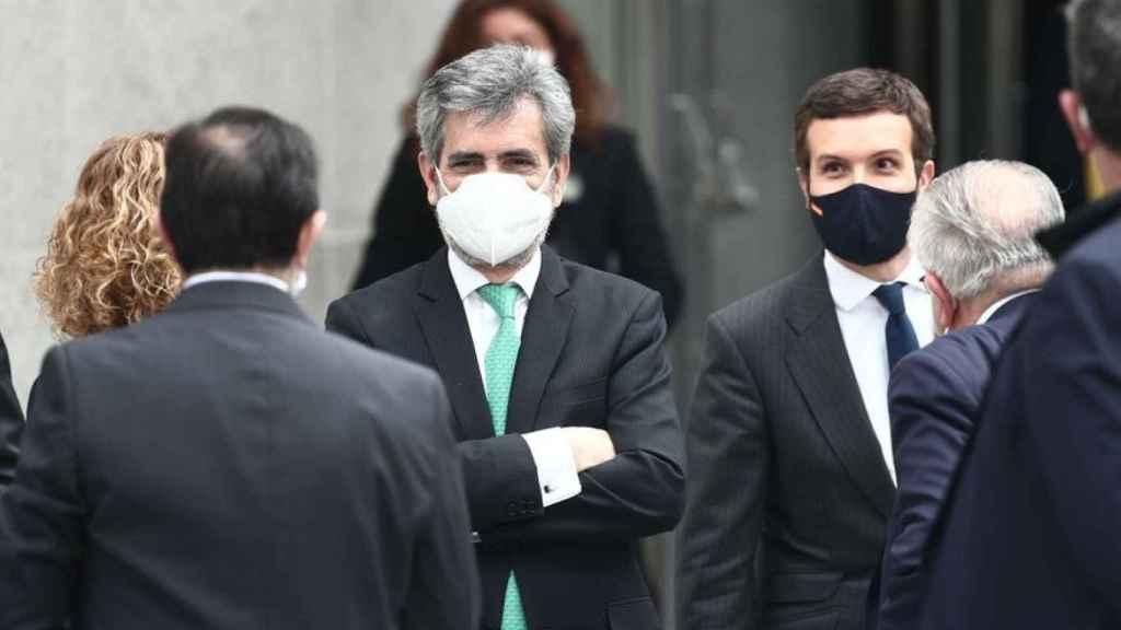 Carlos Lesmes y Pablo Casado, el pasado 23 de febrero en un acto oficial en el Congreso./