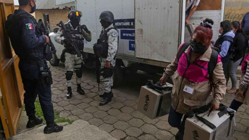 Preparación de los comicios en México entre medidas de seguridad.