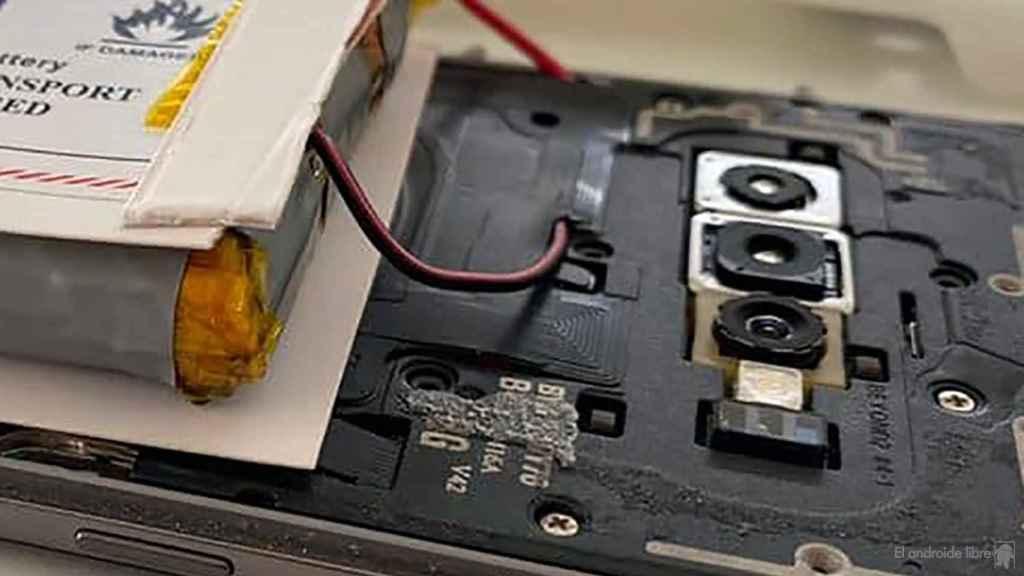 Detalles de la instalación de la batería extra