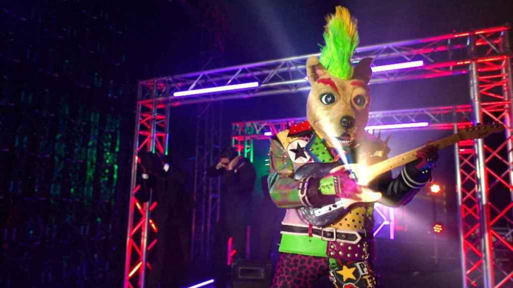 ¿Quién es el Perro 'Mask Singer' 2? Todas las pistas sobre el famoso que se esconde detrás
