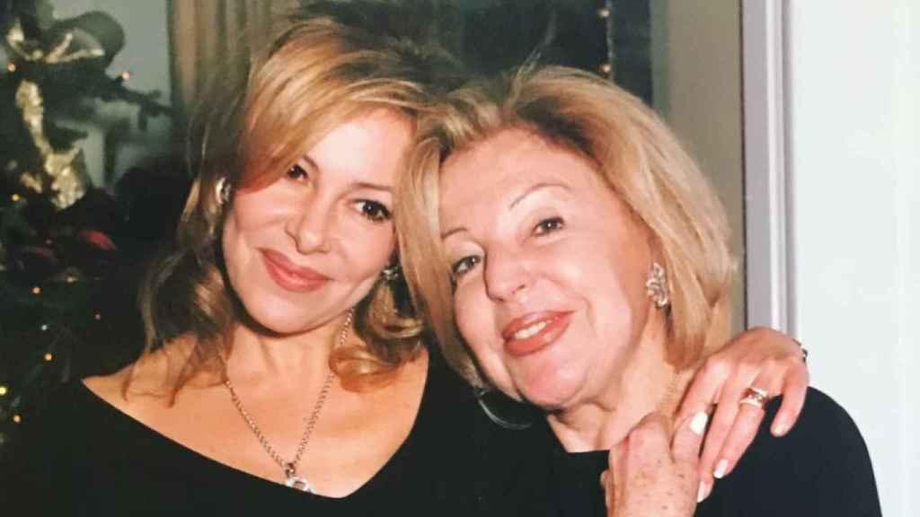 Ana Obregón y su madre, en una imagen compartida en su perfil de Instagram.