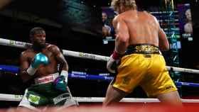 Combate de boxeo entre Floyd Mayweather y el youtuber Logan Paul