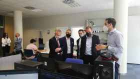 El presidente de la Diputación de Zamora, Francisco Requejo, y el rector de la USAL, Ricardo Rivero, durante la visita.