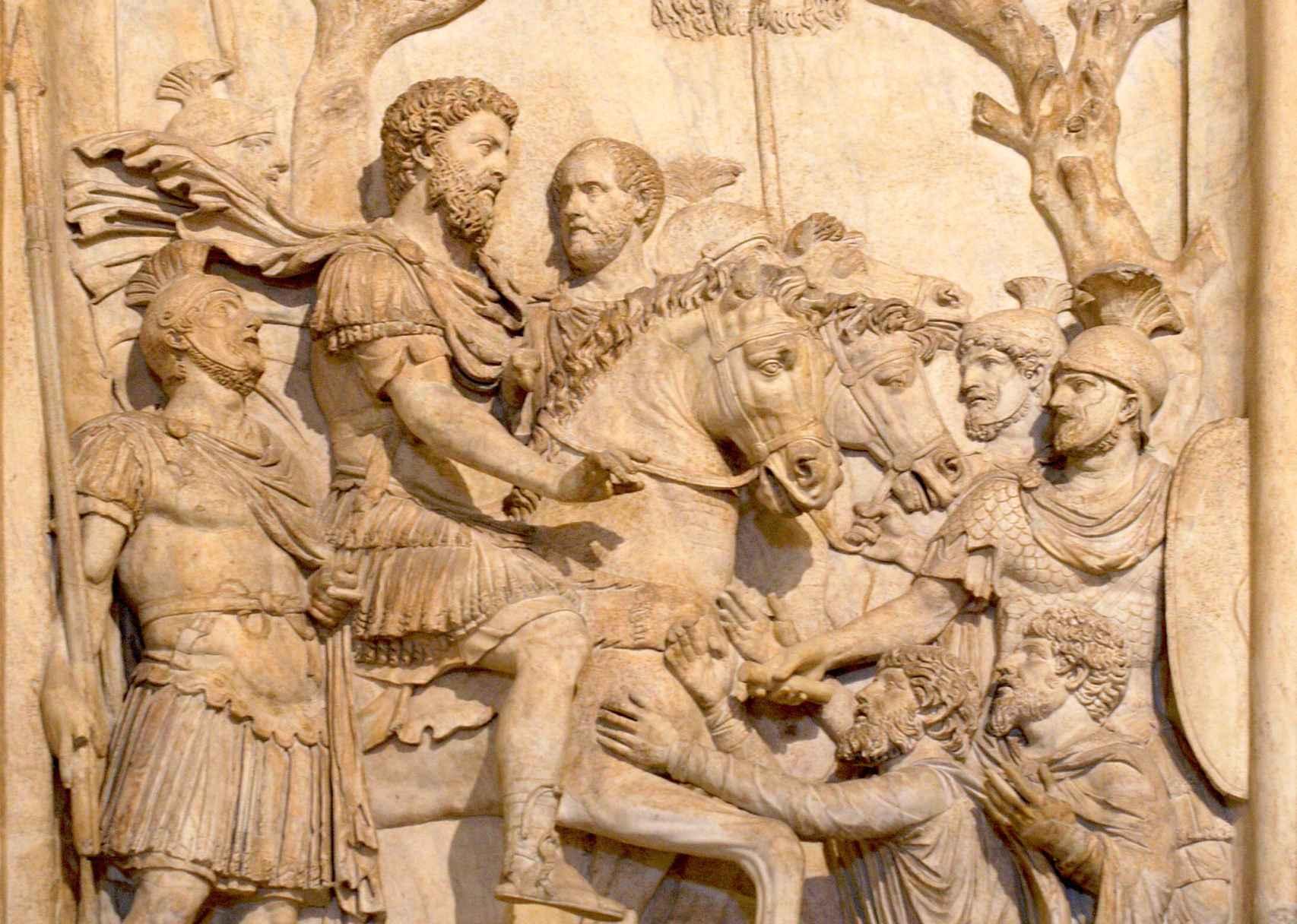 Relieve de Marco Aurelio con su guardia pretoriana.