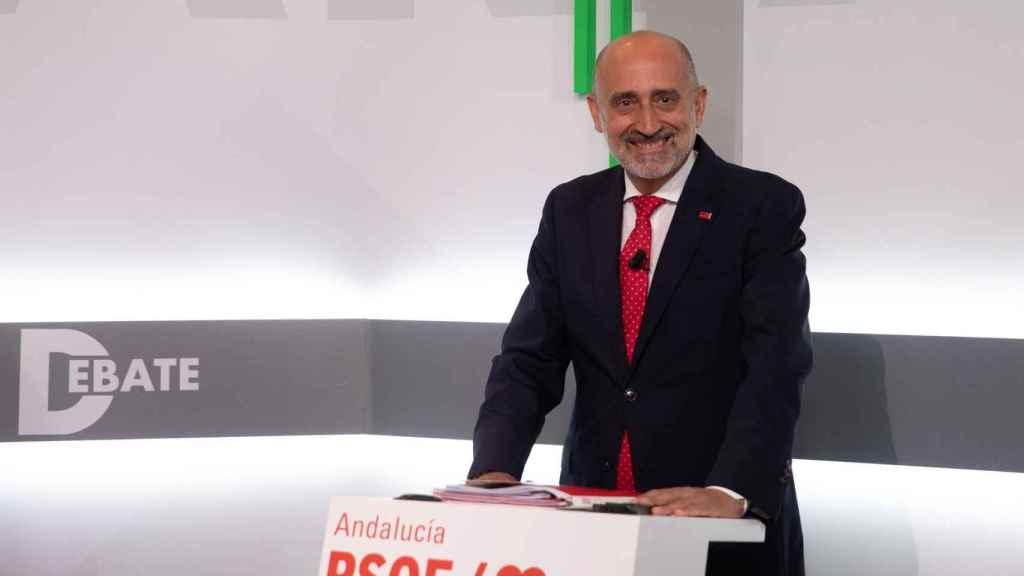 Luis Ángel Hierro durante el debate de este martes.