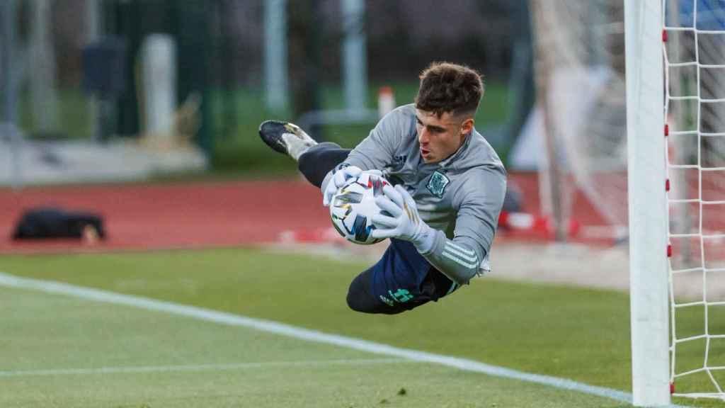 Kepa Arrizabalaga, entrenando con la Selección