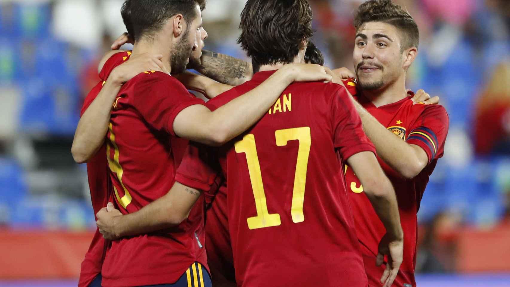Los jugadores de España celebran el cuarto ante Lituania